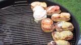 Badass BBQ Bratwurst Brötchen