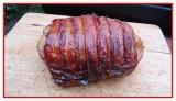 Gefüllter Schweine-Rücken mit Glasur