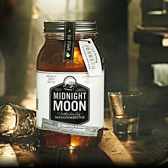 Midnight Moon Moonshine Apple Pie